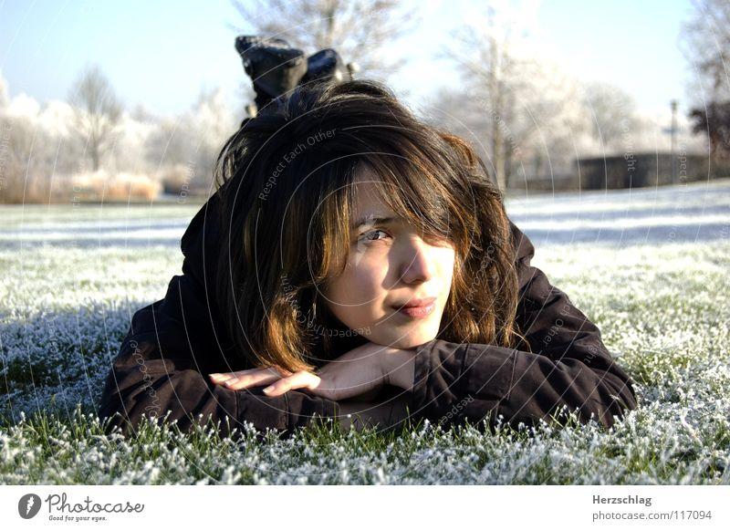 to be frozen kalt weiß Winter Wiese Park Schnee Nakia Portait Auge Nase Haut Haare & Frisuren