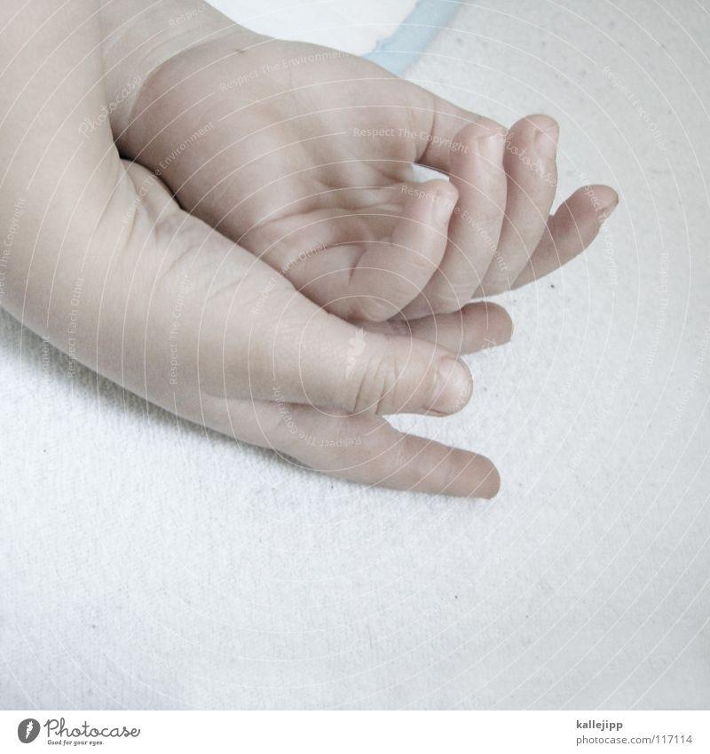 siesta Kind Hand ruhig Erholung Junge Gefühle träumen Baby Zufriedenheit klein frei Finger schlafen Wellness Wachstum Bett