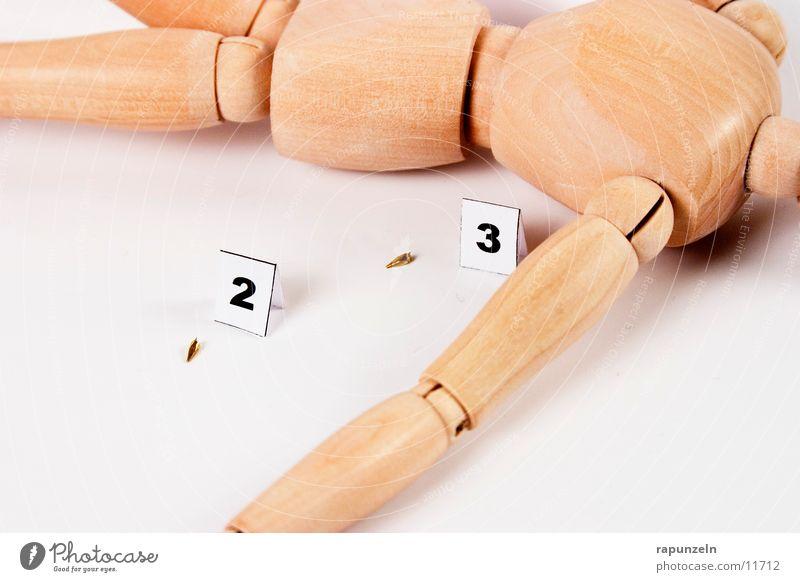 Getting Away With Murder (3) Mensch Holz Dinge Symbole & Metaphern Kugel Puppe Messer Leiche Waffe Mord Opfer Klinge Gliederpuppe Projektil Totschlag Tatwaffe