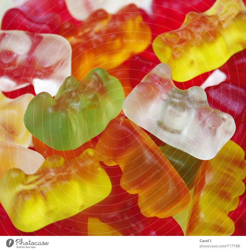 Bedient euch... Gummibärchen ungesund Süßwaren rot gelb grün weiß süß Ernährung durcheinander mehrfarbig mehrere Makroaufnahme Nahaufnahme orange viele Kontrast