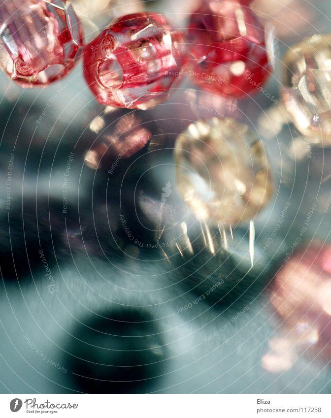Glasperlen II schön rosa glänzend Kitsch Schmuck Perle Edelstein Basteln Diamant teuer Spielzeug Barbie