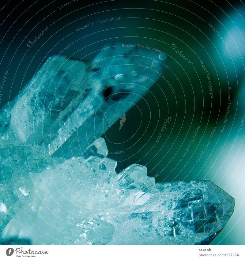 Bergkristall Stein glänzend Dekoration & Verzierung rein Material durchsichtig Medikament Kristallstrukturen edel Kristalle Eiskristall Heilung Reinheit