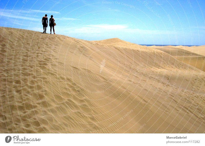 Ab zum Strand Meer Ferien & Urlaub & Reisen Wärme Sand 2 Erde Physik Spuren Fußspur Stranddüne Blauer Himmel