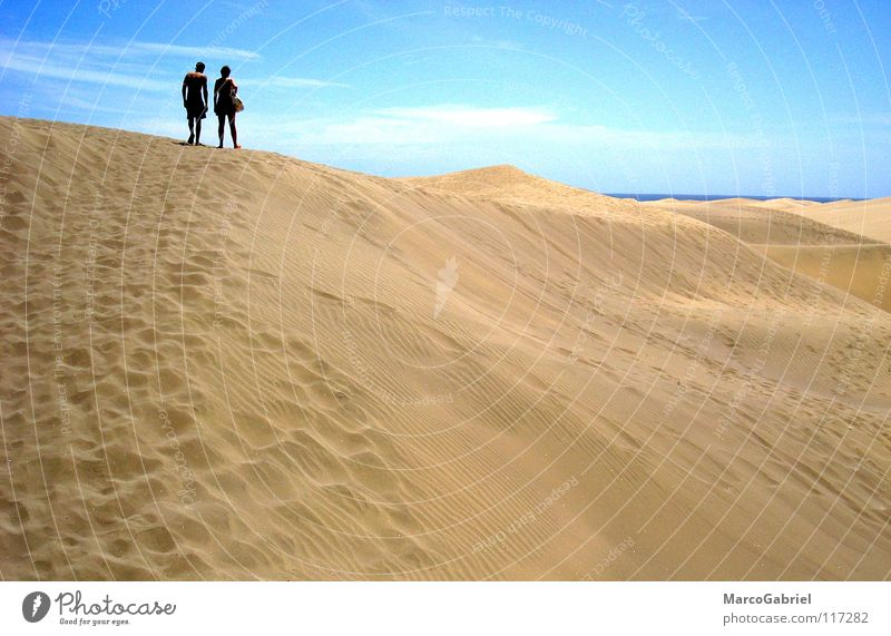 Ab zum Strand Meer Strand Ferien & Urlaub & Reisen Wärme Sand 2 Erde Physik Spuren Fußspur Stranddüne Blauer Himmel