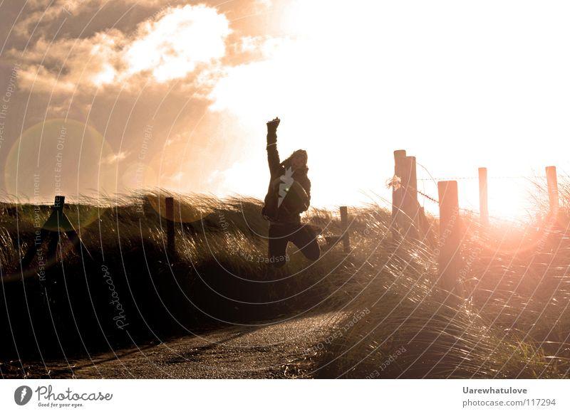 Purer freuden Sprung Freude springen Fotograf Horizont Sonnenlicht Licht Gegenlicht Strand Meer gehen Tasche Wolken Zauberei u. Magie Niederlande Den Haag