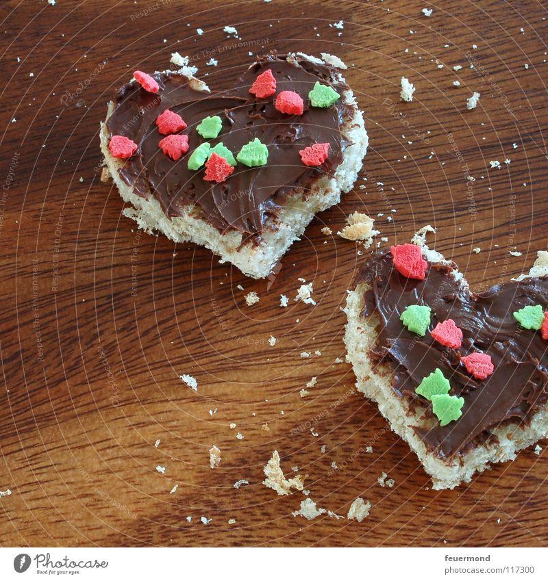 Nussnougatcreme-Herzis Nussnugatcreme Schokolade Brötchen Futter Mahlzeit Vesper lecker Streusel süß Schneidebrett Abendessen Ernährung Nougat Appetit & Hunger