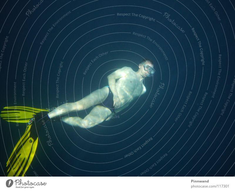 Tauchrausch Atemstillstand außer Atem Wassersport Unendlichkeit Taucher tauchen Meer Ägypten auftauchen Luft Sauerstoff Aquanaut Unterwasseraufnahme atmen