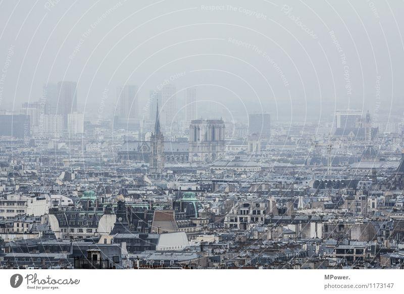 notre dame de paris Kunst Stadt Hauptstadt Haus Kirche alt Notre-Dame Paris Frankreich Nebel Smog Altstadt historisch Dom Skyline Montmartre Stadtteil Farbfoto