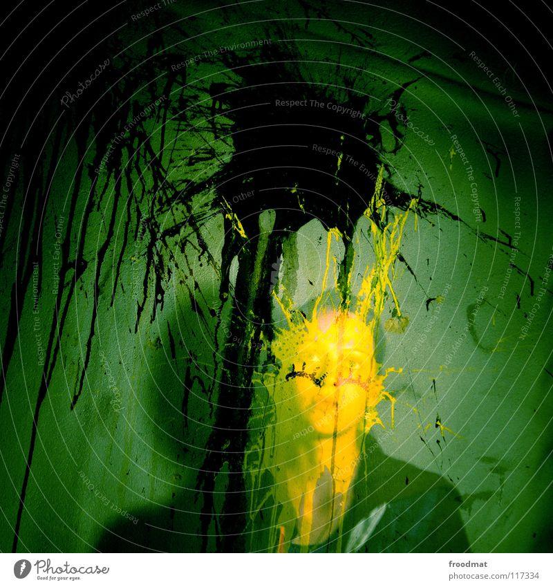 feelin yellow Frau grün Gesicht gelb Farbe dunkel Wand Deutschland dreckig gruselig Quadrat Verfall durchsichtig Geister u. Gespenster Fleck Erscheinung