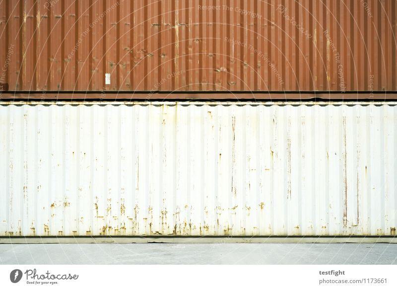 container II Container Metall Stahl alt eckig groß rot weiß Lager Ware Güterverkehr & Logistik Handel Farbfoto Außenaufnahme Textfreiraum Mitte Licht Schatten