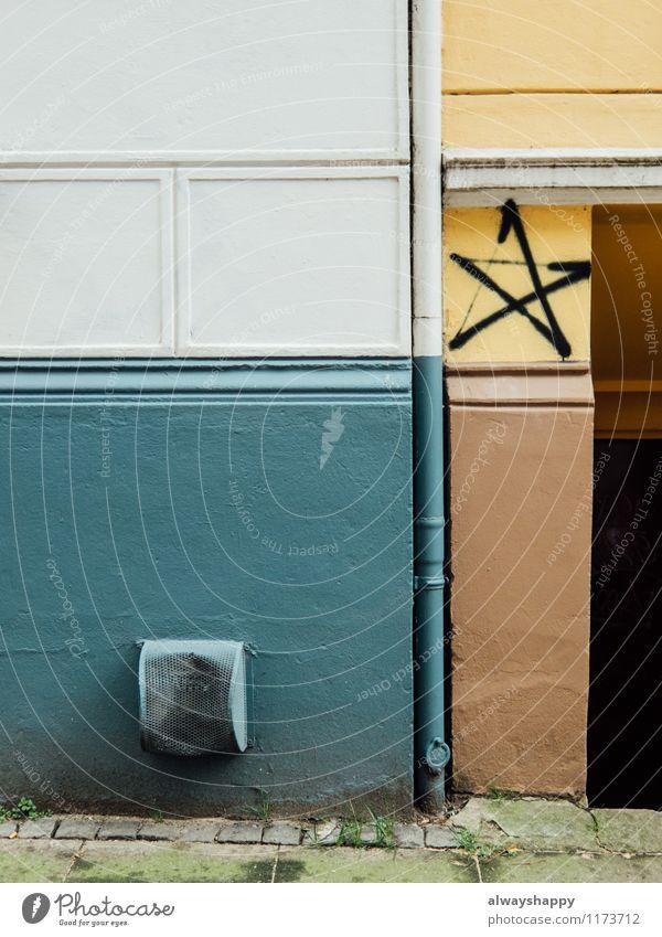 Schöner Leben in Hamburg Altona - Teil 2 Stadt blau weiß Haus gelb Wand Graffiti Mauer Stein braun Kunst Fassade ästhetisch Beton Stern (Symbol) Zeichen