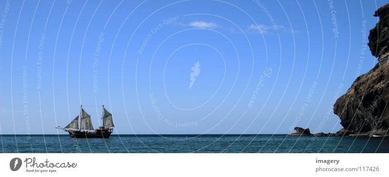 Kolumbus auf Teneriffa gelandet Segelschiff Küste Meer entdecken Pirat entern kentern Strand Schifffahrt Erfolg alt Felsen Ferne Vergangenheit Himmel blau