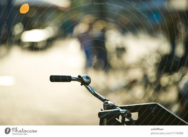 Auf Arbeit | geradelt Fahrradfahren Klischee Fahrradtour Fahrradlenker Fahrradklingel Stadtzentrum Niederlande Niederländer Leben Außenaufnahme