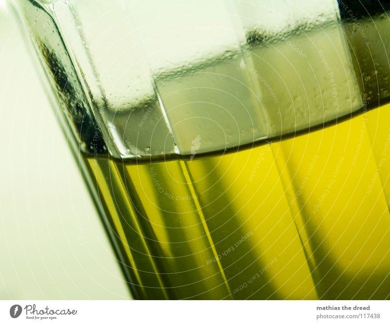 LIQUID gelb kalt Eis orange Glas Getränk Ecke trinken Gastronomie Flüssigkeit Alkohol Luftblase Am Rand Erfrischung Oberfläche Durst