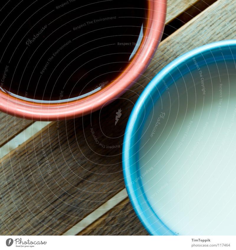 KaffeeMilchKaffee blau rot schwarz Holz rosa Kreis Getränk Kaffee trinken rund Dekoration & Verzierung Gastronomie Café Tasse genießen Milch