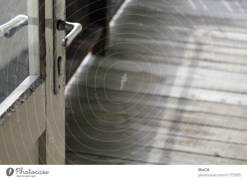 ... auf den Balkon Gebäude Häusliches Leben Tür Hütte Terrasse Nostalgie