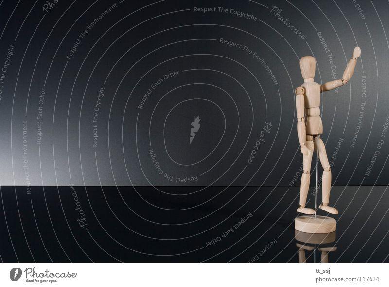 He du da! Holzpuppe Freiraum winken Lichtspiel Reflexion & Spiegelung schwarz Stil Puppe Dekoration & Verzierung Kommunizieren Freude Vor dunklem Hintergrund