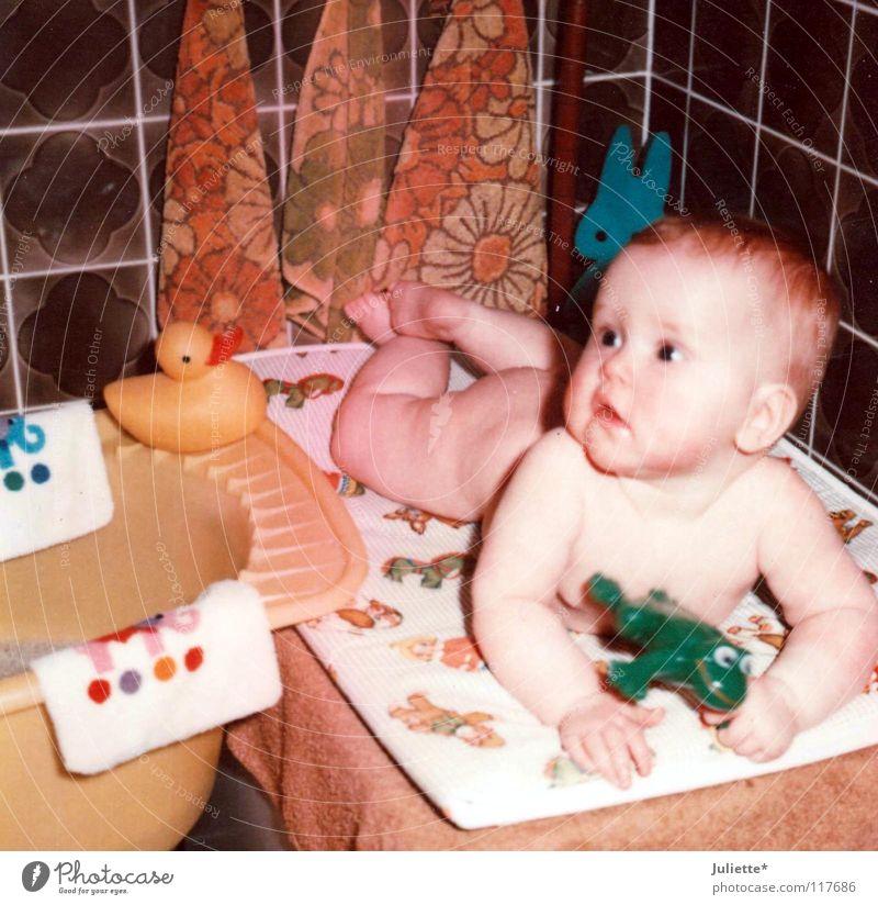 Gummientchen & Plastikfrosch Baby Kleinkind Badeente Badewanne Wachsamkeit Schwimmen & Baden Handtuch Angsthase Freude 1976 orange Blick Waschen