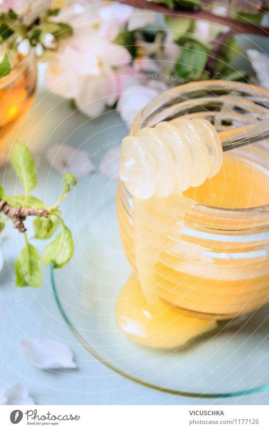 Frische Honig in Glasbehälter Lebensmittel Dessert Süßwaren Ernährung Frühstück Bioprodukte Vegetarische Ernährung Diät Flasche Löffel Stil Design