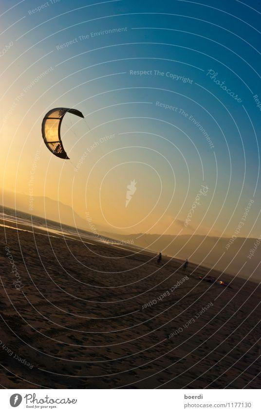 wIndschief Ferien & Urlaub & Reisen blau Sommer Freude Strand gelb Sport Freiheit fliegen Freizeit & Hobby Tourismus sportlich Wassersport Kiting