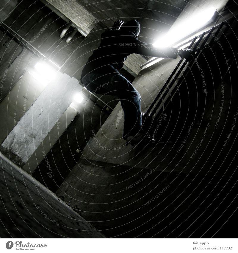 fliegen motten in das licht... Licht Motte springen Dieb Einbruch Kriminalität Parkhaus Blick Kapitän Lampe Aussicht Navigation Richtung See Luft Kurort frisch