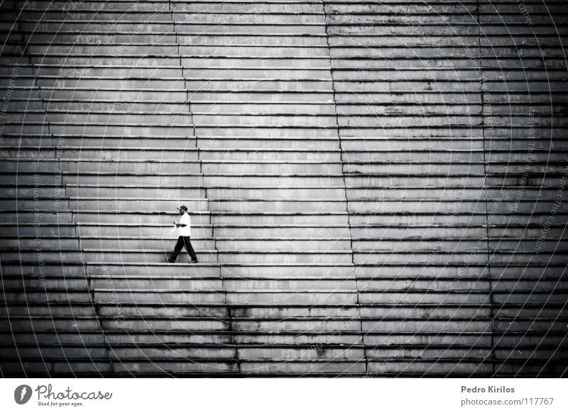 home alone Brasilien Schwarzweißfoto pedrokirilos bw black white stairs stadium man Single walk walking juizdefora football tupi blue