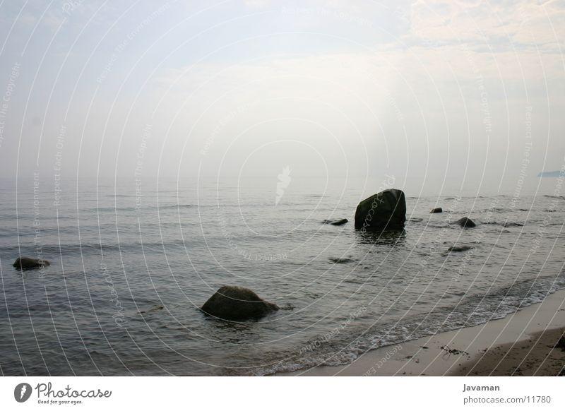 Grauer Morgen Strand Sand Ostsee Strandkorb Rügen Binz