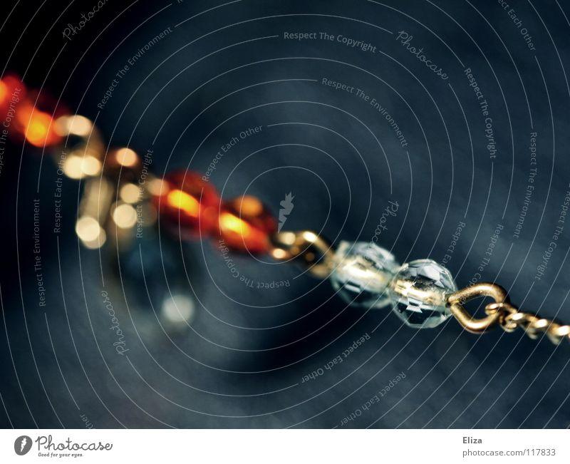 Klunker Schmuck Diamant Mineralien Kostbarkeit teuer Glamour glänzend Erbe Armband schick braun Elster schön Juwelier Edelstein vergilbt Accessoire