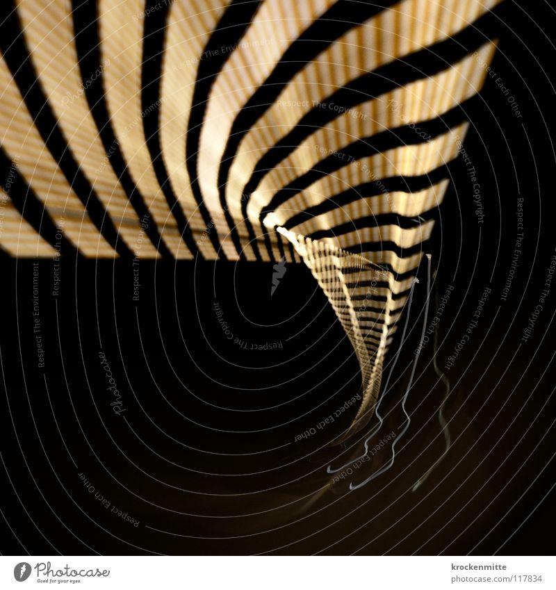 Zeitschleife schwarz gelb Lampe Linie Geschwindigkeit Zukunft Tunnel Medien Zeitreise