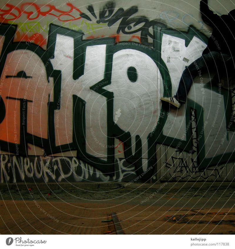 an die wand Mensch Mann Hand Stadt Haus Graffiti Berge u. Gebirge Gefühle springen See Luft Lampe Fassade Freizeit & Hobby hoch frei