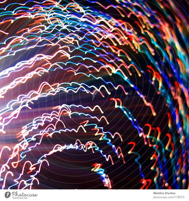 Konfetti Licht Lichtspiel Lichterkette Stativ Langzeitbelichtung Strahlung Kurve Bilanz Statistik Verlauf Spuren tief Geschwindigkeit kreisen Konjunktur