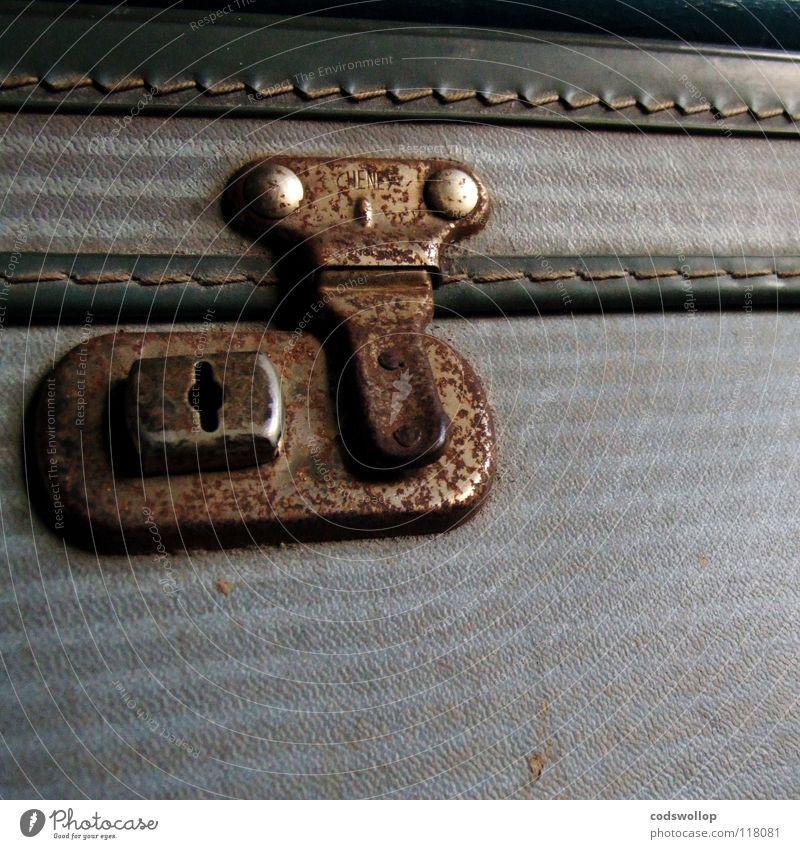 lost property Koffer Ferien & Urlaub & Reisen Eisenbahn Besitz Griff Gepäck Verkehr Luftverkehr Flughafen befestiger murder on the orient express suitcase