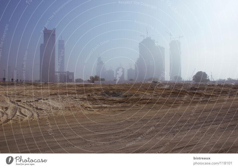 Escape Tower Sonne Sand Nebel Baustelle Wüste Dubai Naher und Mittlerer Osten Vereinigte Arabische Emirate