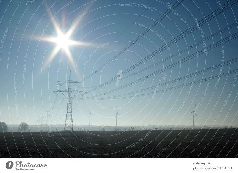 Autobahn I Himmel weiß Sonne blau Winter gelb Freiheit grau hell braun Metall Feld Wind frei Horizont hoch