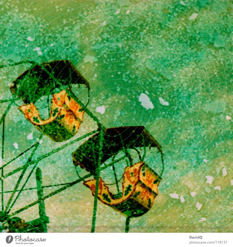 geplatzter Traum Freude Farbe träumen Glas kaputt obskur Jahrmarkt gebrochen drehen Fensterscheibe Doppelbelichtung Scherbe Drehung rotieren Riesenrad Karussell