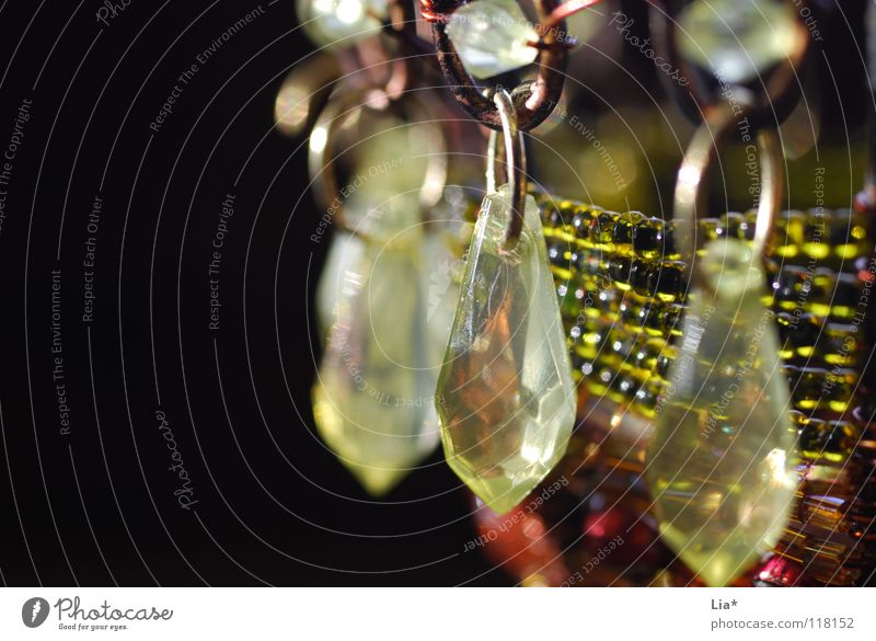 dekorativ schön grün schwarz Stein nah Dekoration & Verzierung außergewöhnlich Reichtum Schmuck Perle Kette edel Basteln geschmackvoll