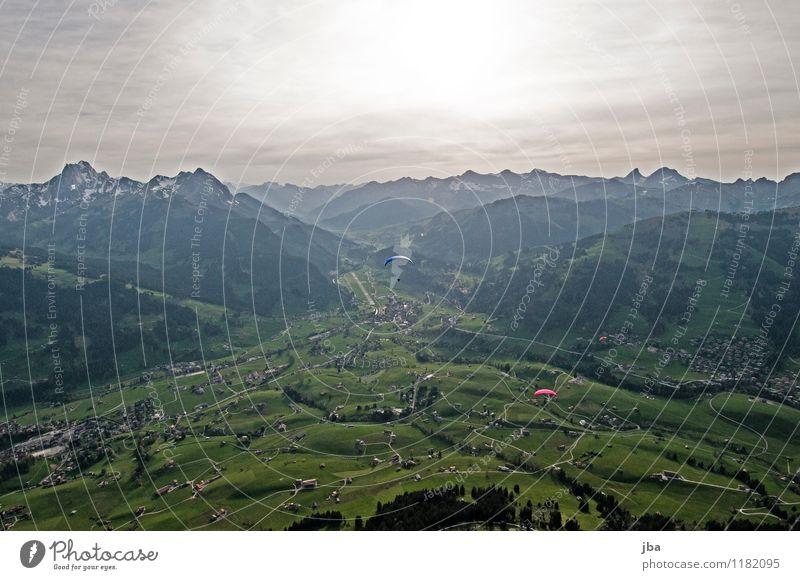 Soaring am Hornberg 1 Lifestyle Sinnesorgane Erholung ruhig Freizeit & Hobby Ausflug Freiheit Sommer Berge u. Gebirge Sport Gleitschirmfliegen Sportstätten