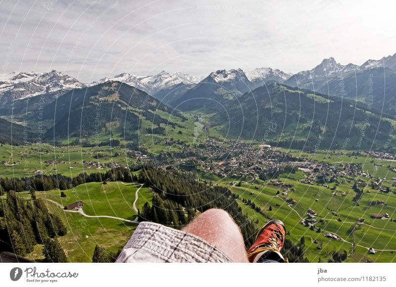Soaring am Hornberg 4 Lifestyle Zufriedenheit Erholung ruhig Freizeit & Hobby Freiheit Sommer Berge u. Gebirge Sport Gleitschirmfliegen Sportstätten Natur