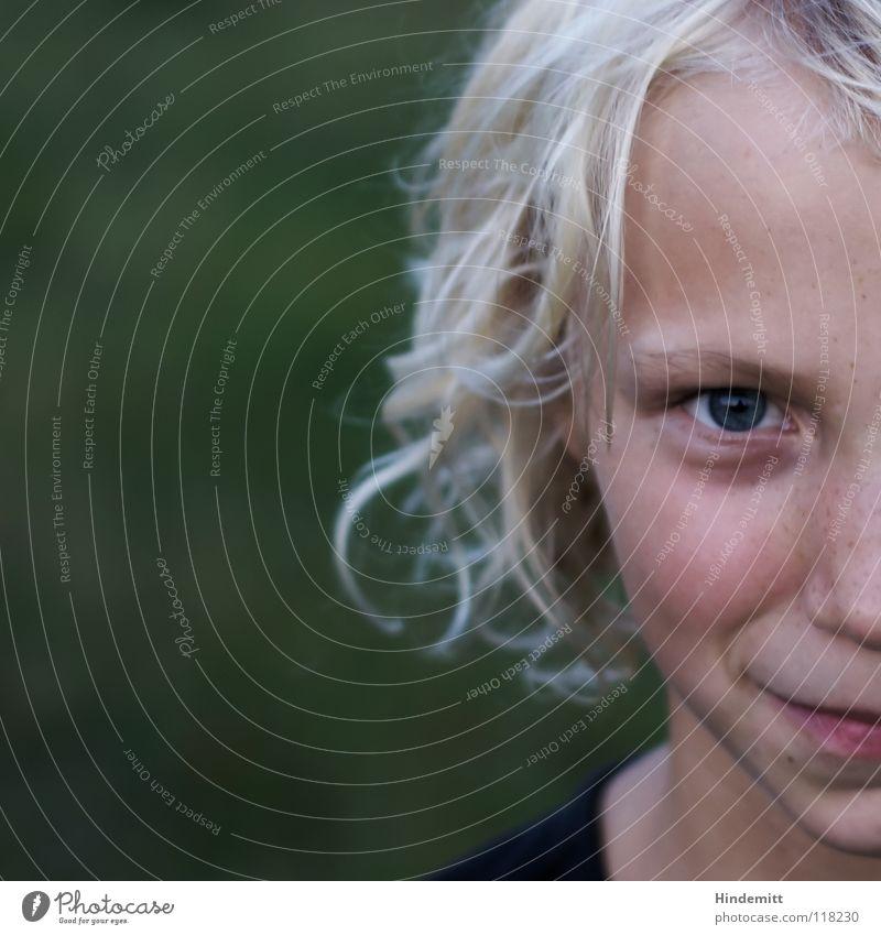 Fräulein Naseweis schön grün Sommer Freude Gesicht schwarz Auge dunkel Herbst lachen Haare & Frisuren Mund hell Wellen lustig blond