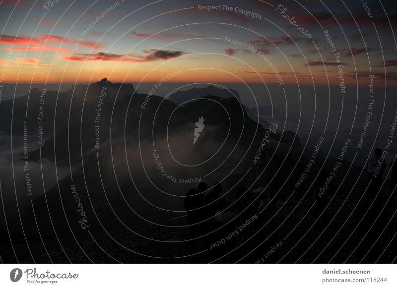 letztes Licht Himmel blau rot Sonne Wolken Farbe gelb kalt Berge u. Gebirge Luft Wetter Hintergrundbild Nebel Freizeit & Hobby Klima wandern