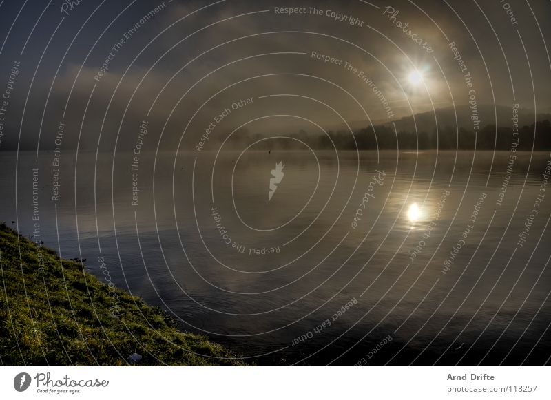 Nebel am See Himmel Wasser Baum Wolken kalt Herbst Horizont Wellen frisch Teich Glätte HDR