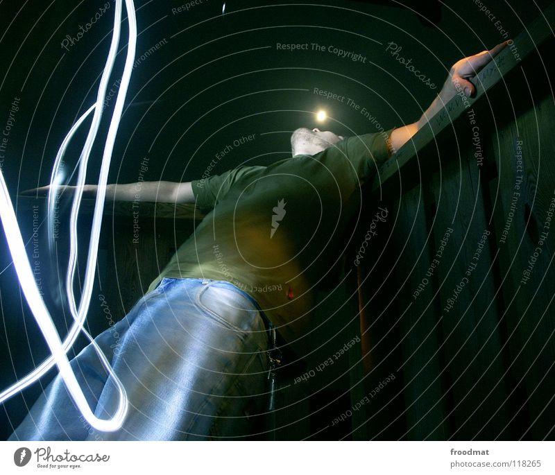 Mondsucht Mann dunkel Erholung verrückt Jeanshose Typ diagonal Taschenlampe Schichtarbeit Vollmond Werwolf Dauerlicht