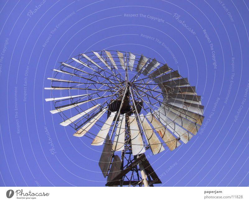 Windrad Technik & Technologie Wüste Australien Pumpe Elektrisches Gerät