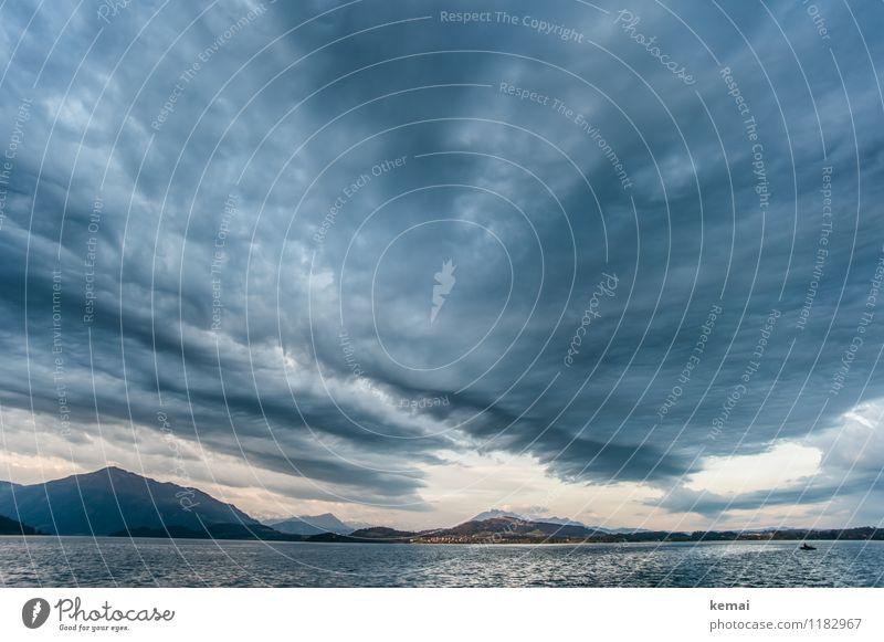 Der Himmel Umwelt Natur Landschaft Wasser Wolken Sonnenaufgang Sonnenuntergang Sonnenlicht Sommer Klima Unwetter Sturm Berge u. Gebirge See Zugersee Schweiz