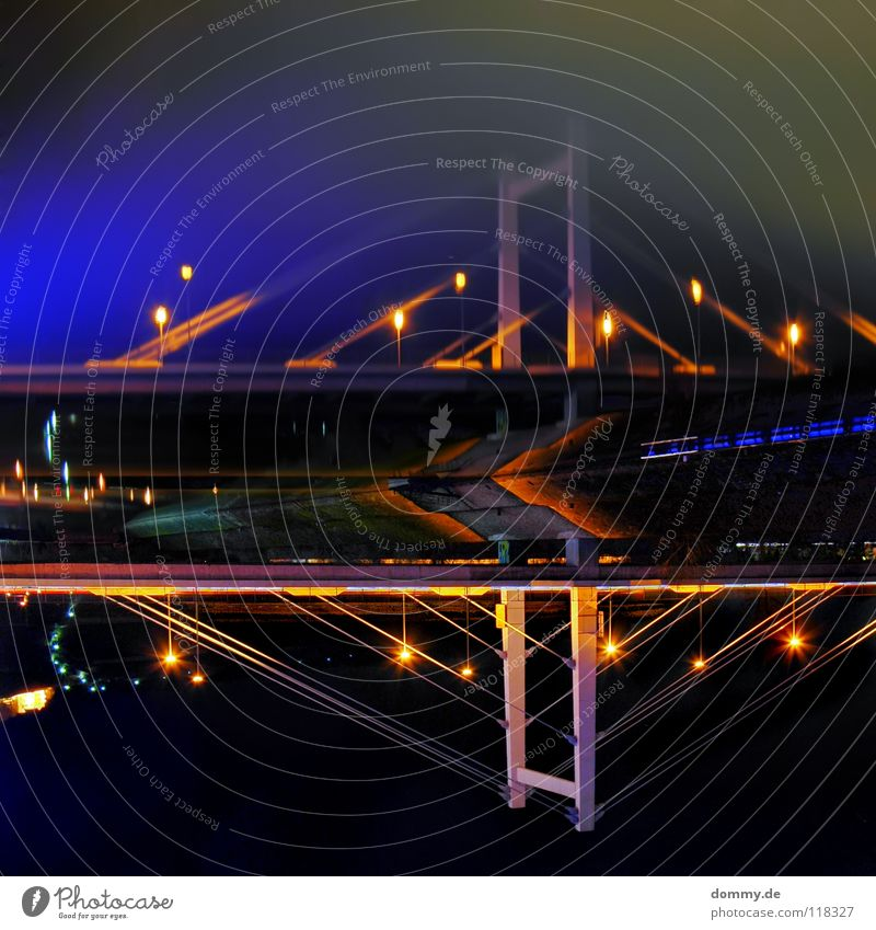 kopflos Wasser Straße dunkel Küste Deutschland Brücke Fluss Spiegel drehen Main Bayern fließen HDR Fahrbahn einheitlich gedreht