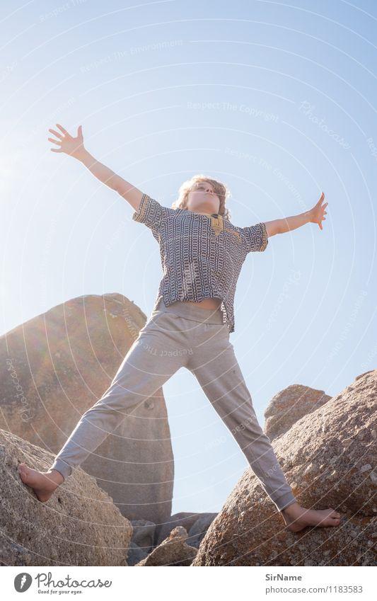 380 Mensch Kind Ferien & Urlaub & Reisen Jugendliche Sonne Erholung Freude Wärme Bewegung Junge Spielen Freiheit Lifestyle Felsen springen Freizeit & Hobby