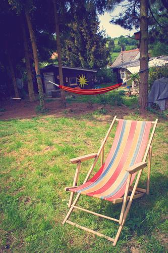 Lebensqualität Natur Sommer Baum Erholung ruhig Wärme Frühling Wiese Garten Lifestyle Zufriedenheit Freizeit & Hobby Idylle frei Fröhlichkeit ästhetisch