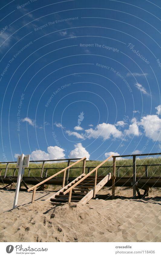 stairway to the steg ;) Himmel weiß Meer grün blau Sommer Strand Ferien & Urlaub & Reisen Wolken Holz Wege & Pfade Wärme Sand Küste Schilder & Markierungen