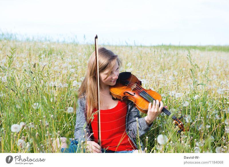 Kunst & Natur Leben harmonisch Wohlgefühl Zufriedenheit ruhig Freizeit & Hobby Spielen Mensch feminin Junge Frau Jugendliche Erwachsene 1 Künstler Musik Konzert