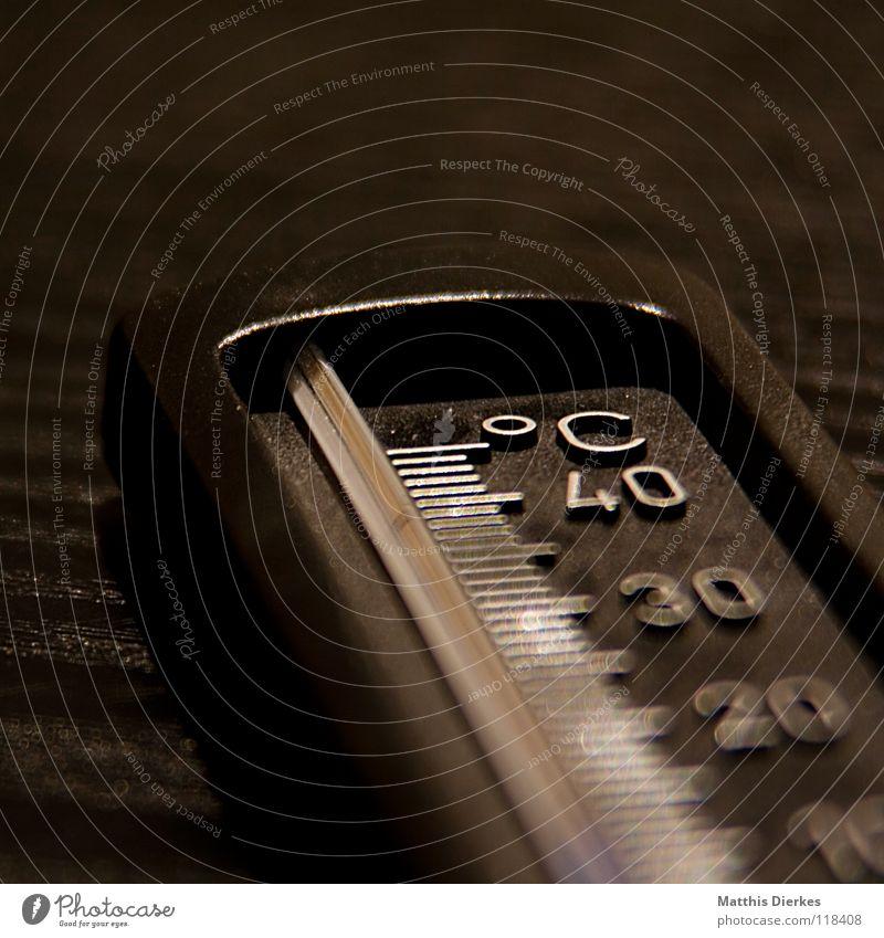 Thermometer Grad Celsius Messinstrument Messanzeige Mechanik Elektrisches Gerät elektronisch 10 20 30 40 Tiefenschärfe Unschärfe Skala selektiv Hintergrundbild